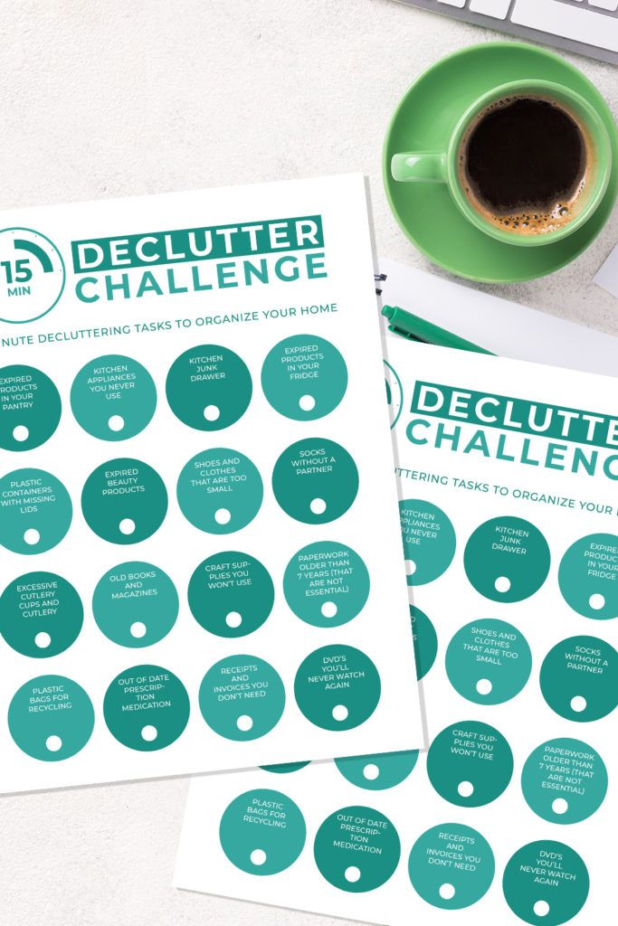 15 Minute Declutter Challenge Printable pages and coffee cup