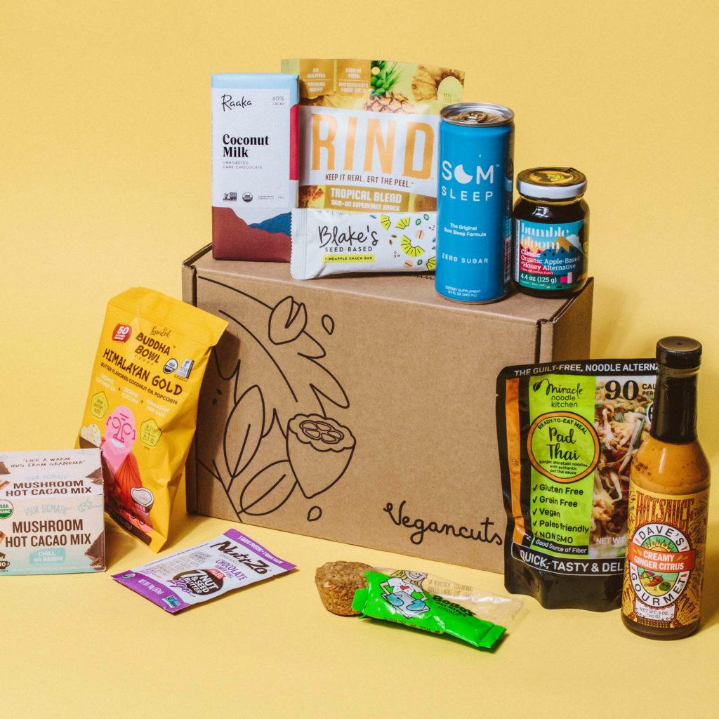 Vegancuts snack box  - with vegan snacks