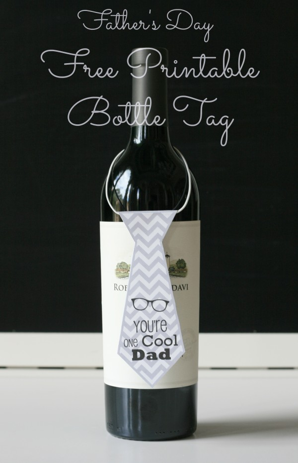 BargainShopperMom Free Printable Fathers Day Necktie Wine Bottle Tag e1370131296677