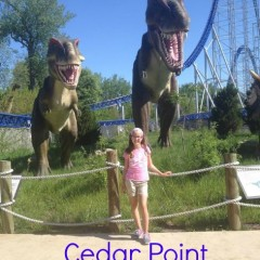 cedarpoint-roller-coasters-dinasaurs