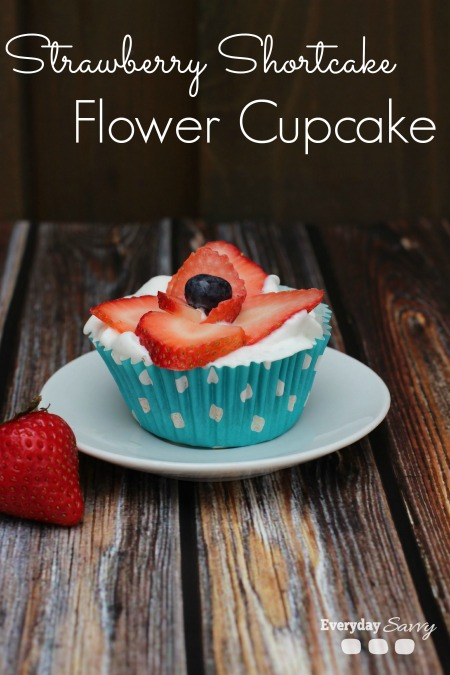 Strawberry Shortcake Cupcake Recipe with Flower Starwberry