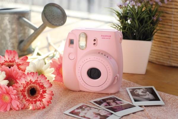 fuji instax camera pink gift idea for teenage girl