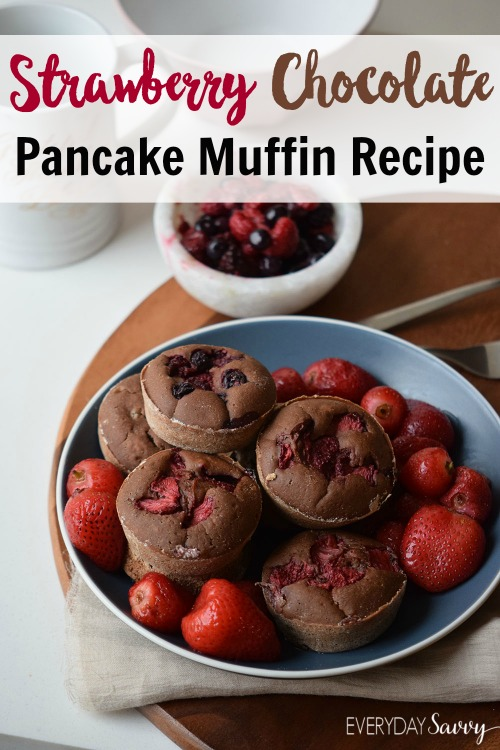 This yummy pancake muffins recipe is irresistible with fresh strawberries and chocolate. It looks special but is very easy to make.