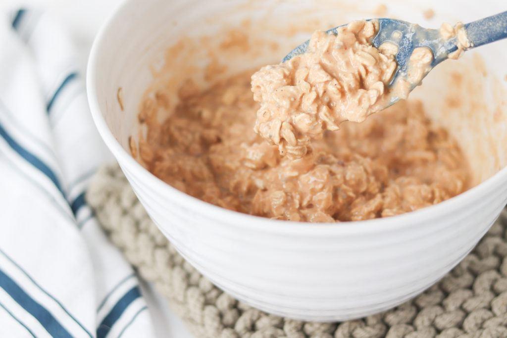 mixture of pumpkin overnight oats in bowl