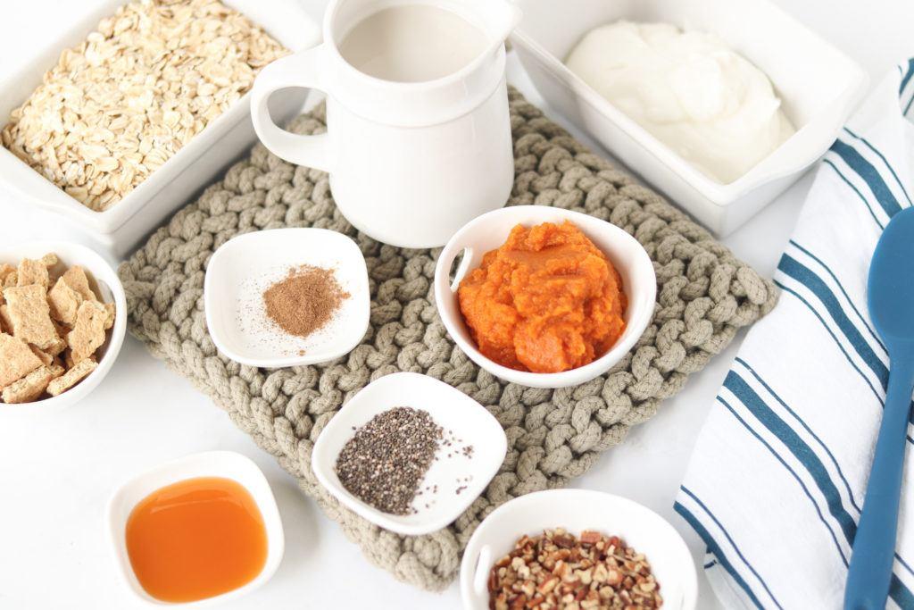 Ingredients for pumpkin pie overnight oats