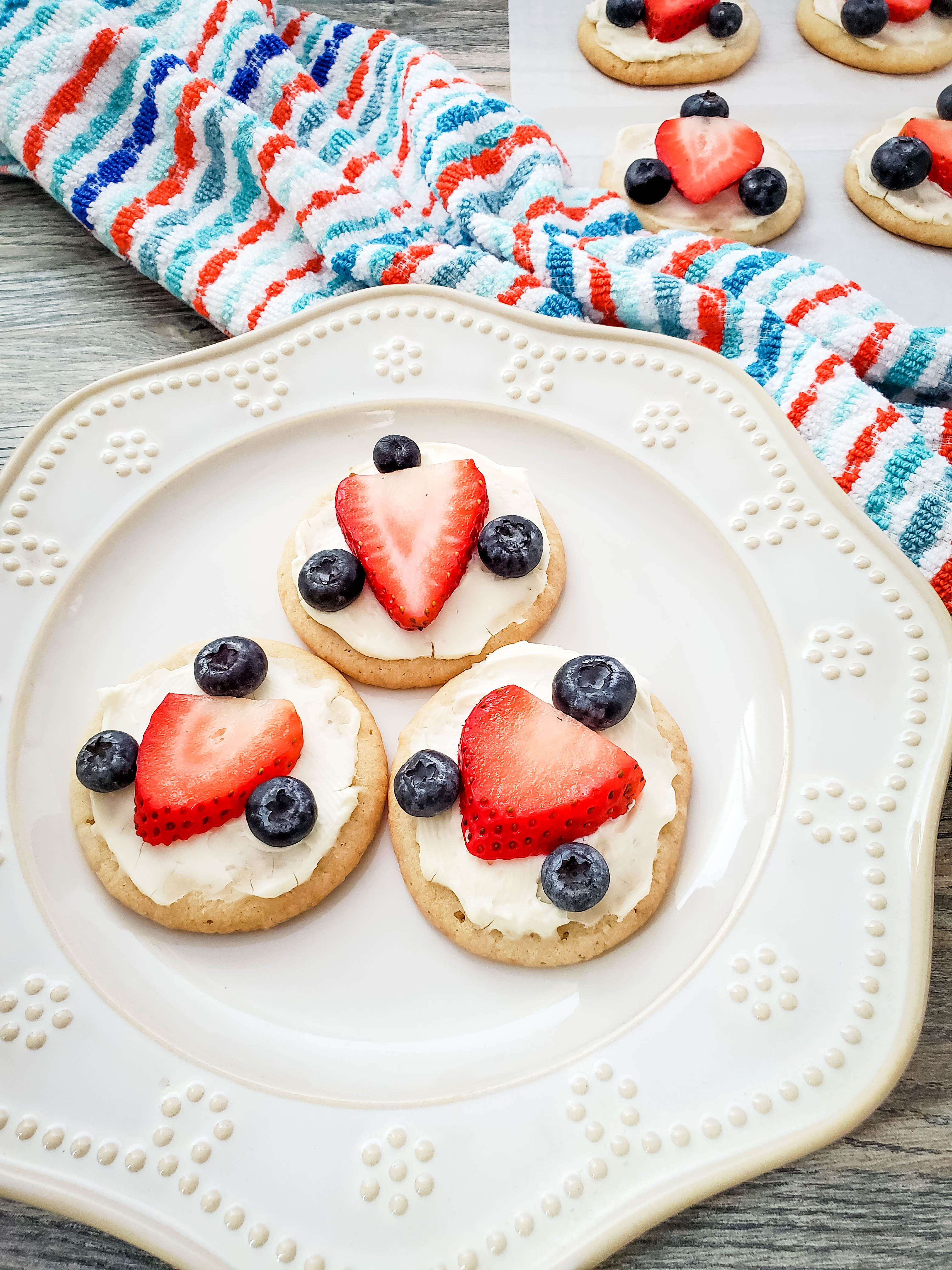 4th of July treats - red white and blue fruit pizza with sugar cookie